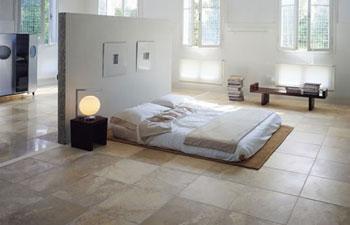 il pavimento in ceramica per la camera da letto
