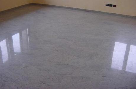 Il pavimento in granito per la camera da letto
