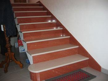 Il pavimento delle scale in quarzite - Scale interne in muratura moderne ...