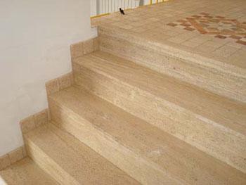 il pavimento delle scale in travertino - Pavimento Per Scale Esterne