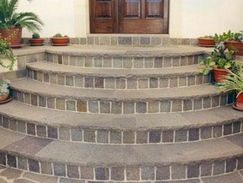 Il pavimento in porfido per le scale - Scale esterne casa ...